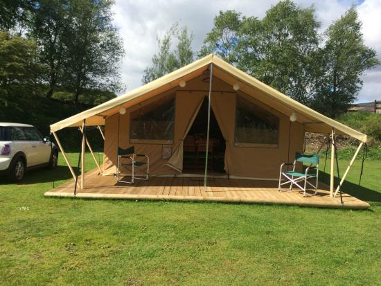 Windermere Camping and Caravanning Club Site: The ready camp