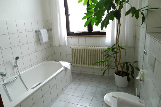 Geniesserhotel Lodner: Lodner Hotel Badezimmer