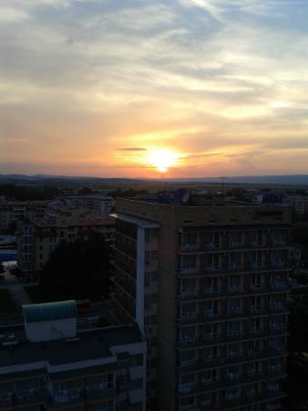 smartline Meridian Hotel: Sunset from the Restaurant