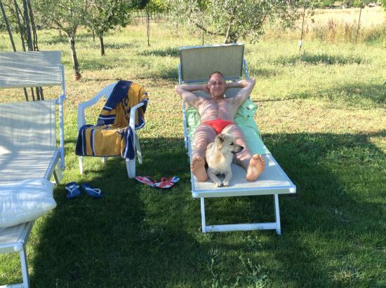 Villa Barbarossa : Mio figlio si abbronza all'ombra