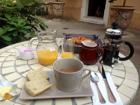 Chanteclair: Leckeres französisches Frühstück