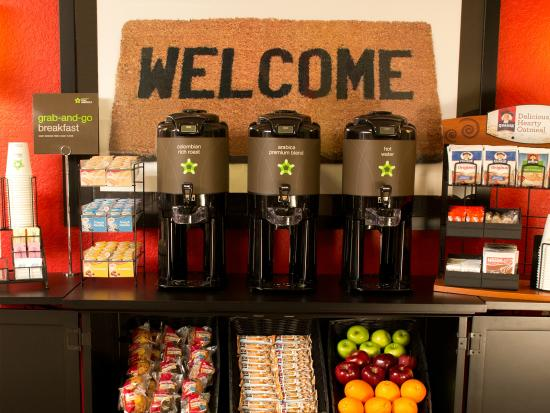 Extended Stay America - Appleton - Fox Cities : Free Grab-and-Go Breakfast