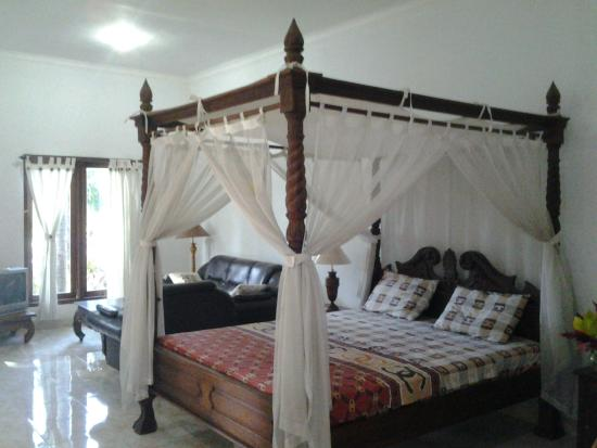 Puri Bali Hotel: bedroom
