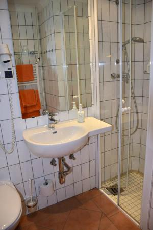Michaelis Hof Hotel : unser Bad