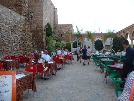 Open terrace area picture of el antler restaurante for Open terrace restaurants