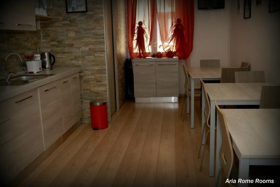 cucina - Picture of Aria Rome Rooms, Rome - TripAdvisor