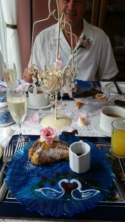 1848 Island Manor House : Breakfast after ceremony