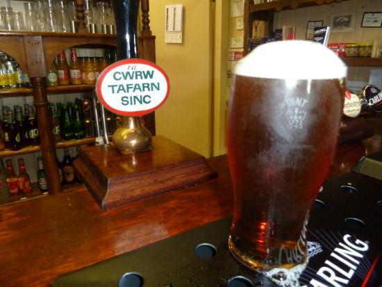Rosebush, UK: A pint of Crwr Tafarn Sinc