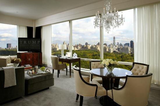 Trump International Hotel and Tower New York: Two bedroom living