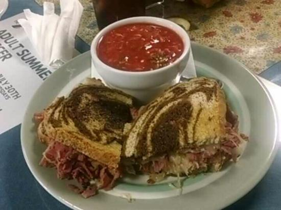 Bruce's Fabulous Foods: My Sweet friend Barb and my favorite sandwich the Ruben...yum! At my favorite restaurant in Mari