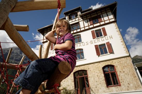 Kurhaus Berguen: Aussenspielplatz
