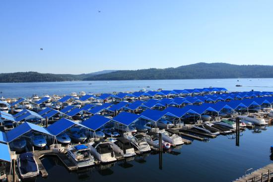 The Coeur d'Alene Resort: View of Lake and Marina from our room
