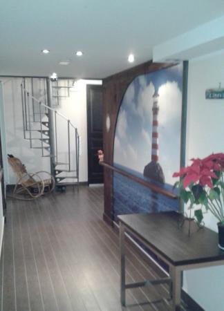 Residenza Pizzofalcone: corridoio