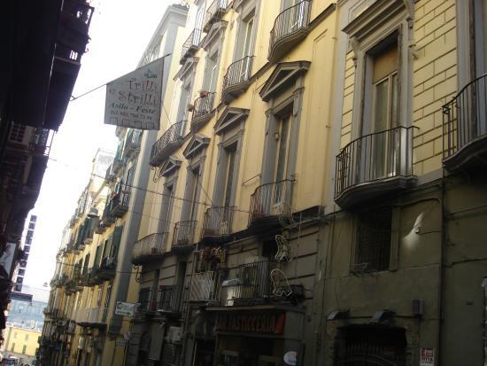 Residenza Pizzofalcone: veduta esterna