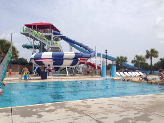 Baytown, Teksas: Awesome water park!  Lots of rides for everyone!!!