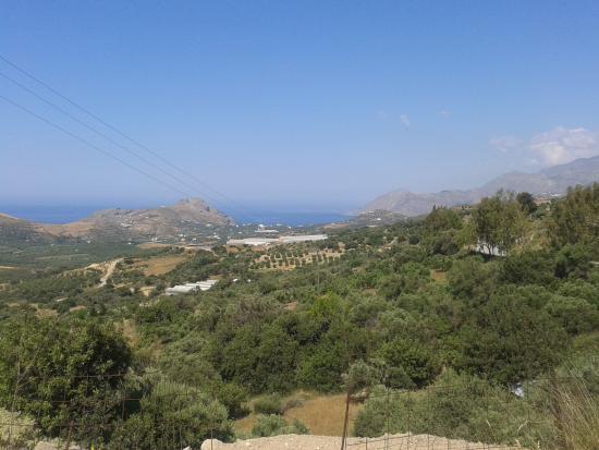 Creta Mare Hotel: Plakias from Myrtios