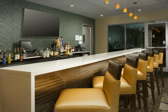 Holiday Inn El Paso Airport: Bar and Restaurant