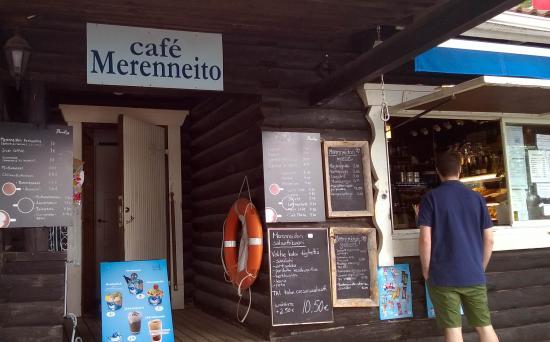Cafe Merenneito: Entrance