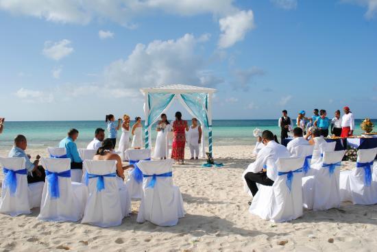 Mariage a la plage photo de hotel playa coco cayo coco tripadvisor - Mariage a la plage ...