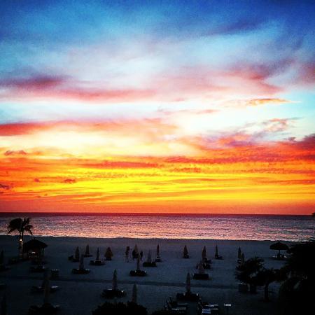 Bucuti & Tara Beach Resort Aruba: Sunset on Eagle Beach