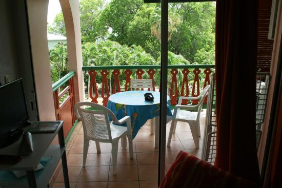 Residence de l'Anse Caritan: Il terrazzo-cucina
