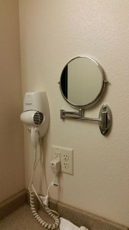 Parkers Prairie, MN: Mirror on the wall that swings out--a Nice Touch!