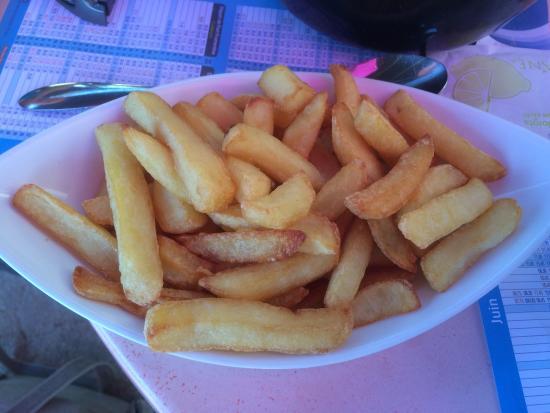 Le Colonial : Portion de frites servie avec les moules