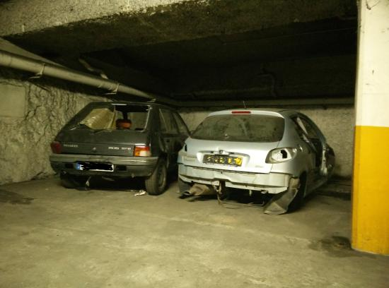 Hotel du Theatre: Le parking sous-terrain.