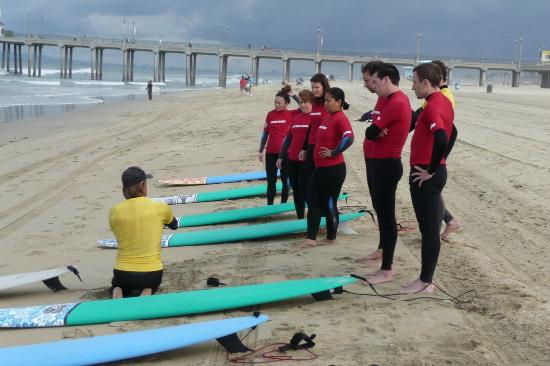 Hb Surf School Students Tuned In To The Master Bill Sharp