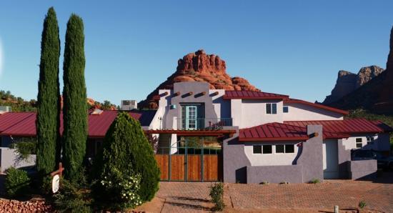 Cozy Cactus Bed and Breakfast: Vortex Suite with Bell Rock