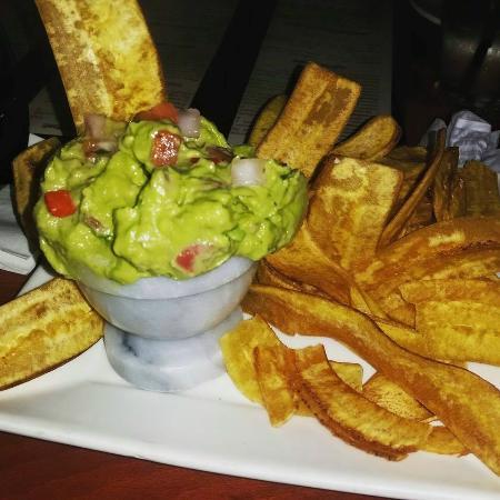 Mojito's Tapas Restaurant: guacamole