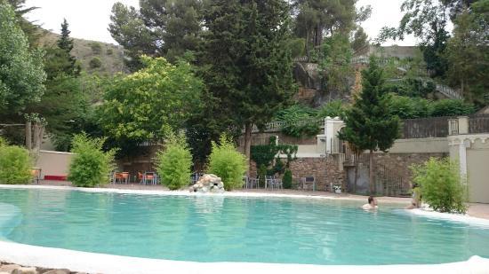 hotel balneario alhama: