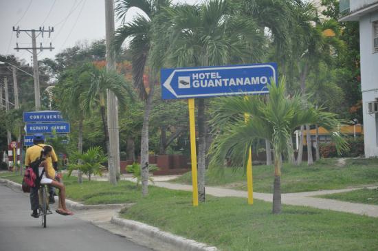 Hotel Guantanamo : Указатель