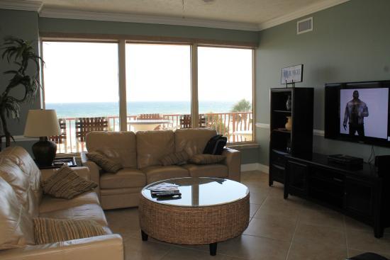 Hidden Dunes Condominiums : Living area