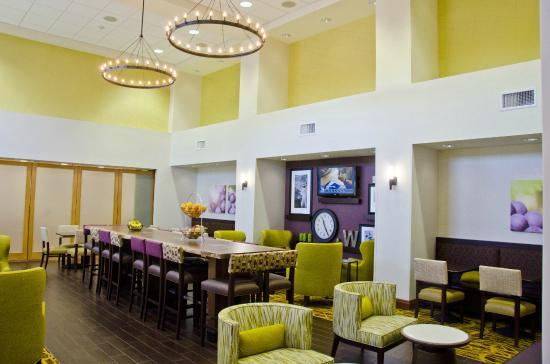 Hampton Inn & Suites Walla Walla: Breakfast Area