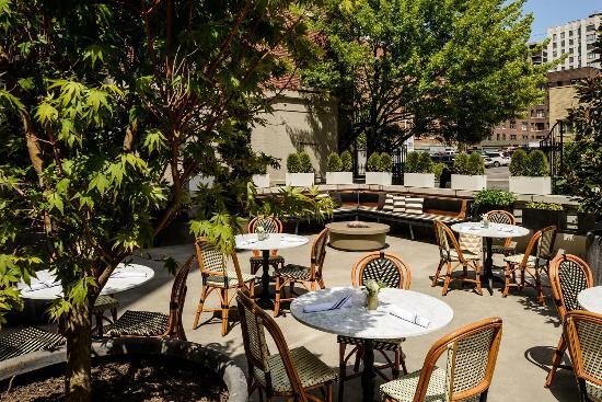 Patio Garden at Hotel Sorrento