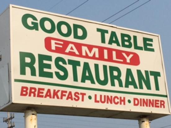 Kentland, IN: Good Table