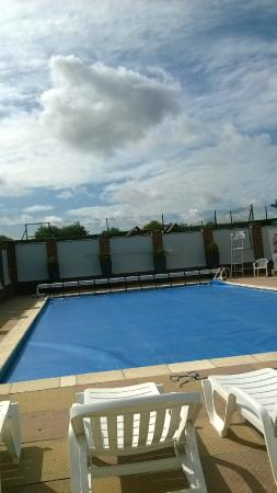 Closed swimming pool picture of merley court holiday park wimborne tripadvisor for Caravan sites in dorset with swimming pool