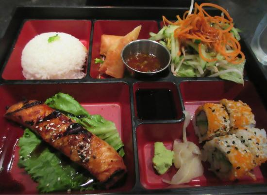 teriyaki salmon bento box picture of thi fusion. Black Bedroom Furniture Sets. Home Design Ideas