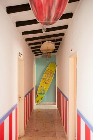 Ericeira Surf Camp & Hostel: way to the rooms