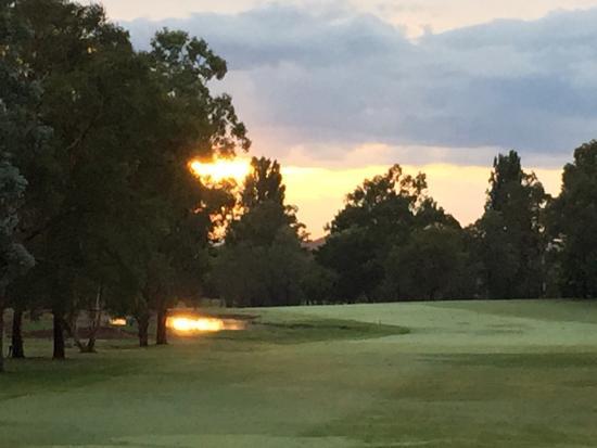 Bathurst Golf Club : 10th hole
