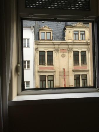 Hotel Blauer Engel: Вид из окна