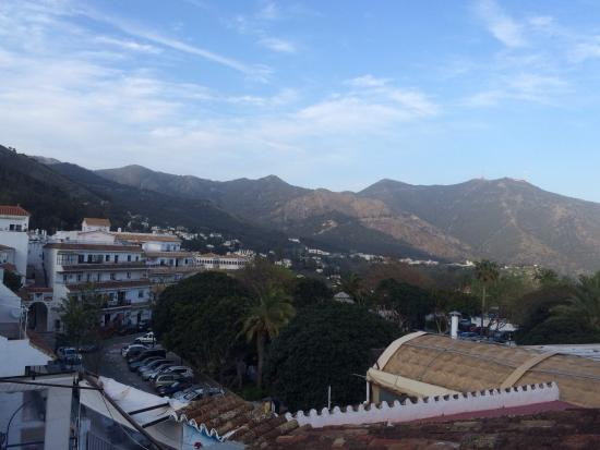 El Capricho : View from the terrace across the main square