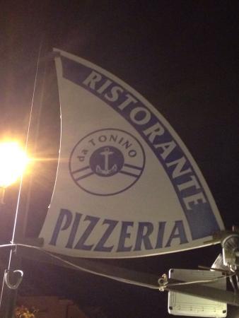 Ristorante Pizzeria da Tonino : Soddisfattissimi!! Ottimi spaghetti alle vongole, al dente giusto. Le troffie al pesto casalingo
