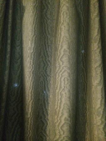 Baymont Inn & Suites Evansville North/Haubstadt: just a few of the many holes in the drapes