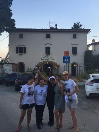Montespertoli, Italia: We LOVE the Osteria del Tempo Perso!!!