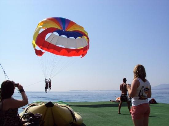 Barbati, Greece: Parasailing!