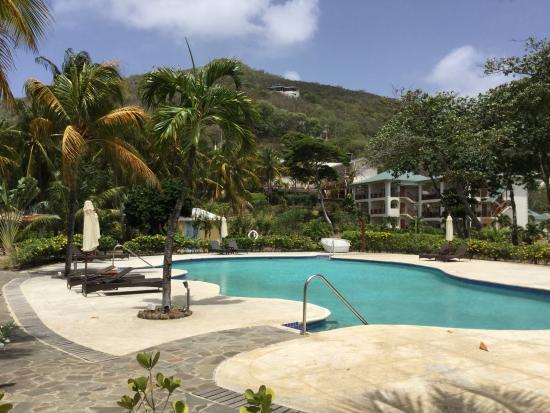 Bequia Beach Hotel Luxury Resort & Spa: The Pool