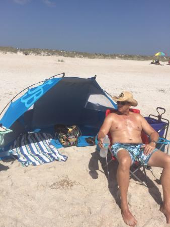 Hemingway House Bed & Breakfast: The beach!!!