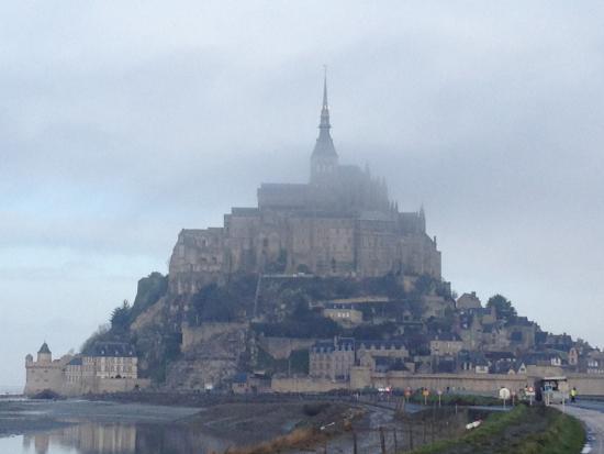 Maison du Montitier : Mont St Michel on a misty morning